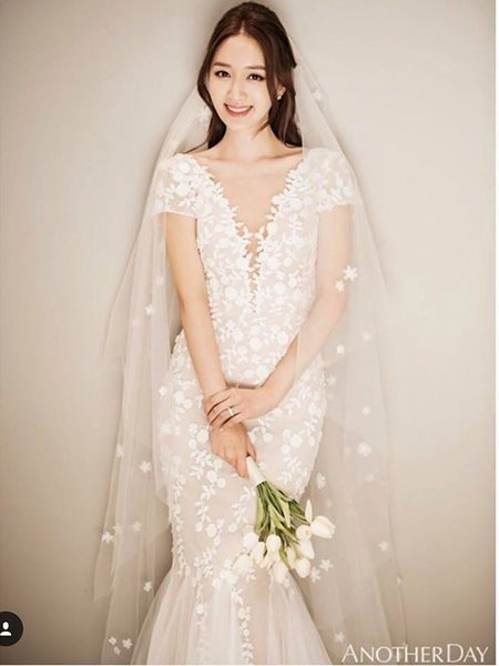 váy cưới nhẹ nhàng 10 Đẹp dịu dàng với váy cưới BST váy cưới nhẹ nhàng của Camile Bridal