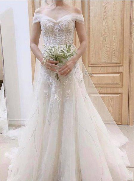 váy cưới nhẹ nhàng 4 Đẹp dịu dàng với váy cưới BST váy cưới nhẹ nhàng của Camile Bridal