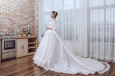 Váy cưới ren 10 Hóa thiên thần với BST áo cưới ren siêu lãng mạn của CAMILE BRIDAL
