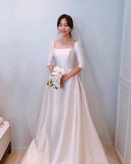 Váy cưới Satin 3 Đẹp sang trọng, quyến rũ với BST Váy cưới Satin của Camile Bridal