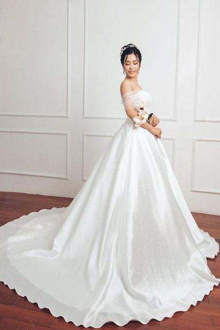 Váy cưới Satin 5 Đẹp sang trọng, quyến rũ với BST Váy cưới Satin của Camile Bridal