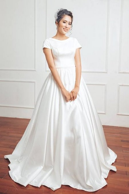 Váy cưới Satin 6 Đẹp sang trọng, quyến rũ với BST Váy cưới Satin của Camile Bridal