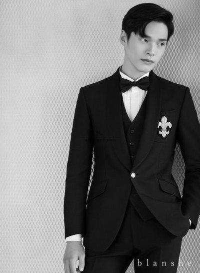 vest cưới cho chú rể Top 50 mẫu vest cưới cho chú rể lịch lãm và đẹp nhất 2019