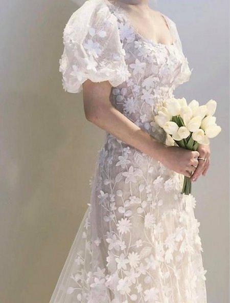 xu hướng váy cưới 12 Những xu hướng váy cưới năm 2021 các cô dâu không thể bỏ qua