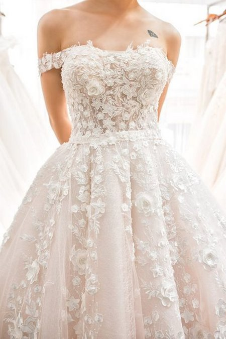 xu hướng váy cưới 9 Những xu hướng váy cưới năm 2021 các cô dâu không thể bỏ qua