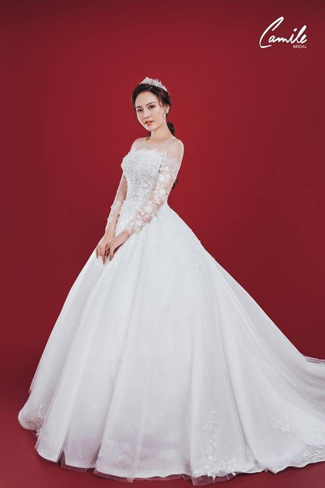 Mẫu váy cưới ren tiểu thư 1