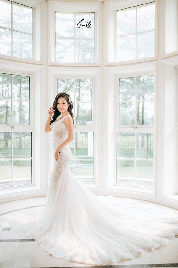 Váy cưới đuôi cá không tay