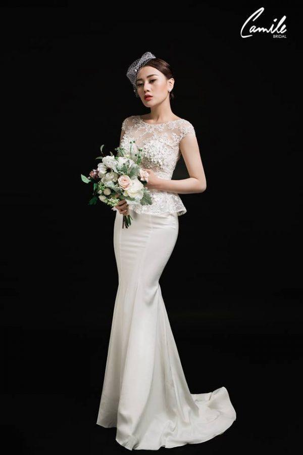 Váy cưới đuôi cá ngắn tay 1