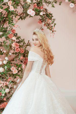 thuê váy cưới Huyện Ba Vì 2 Giá thuê váy cưới huyện Đan Phượng theo mặt bằng chung