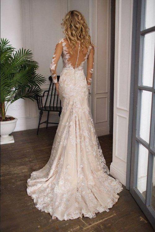 Váy cưới đuôi cá 11 Gợi ý 30 mẫu váy cưới đuôi cá đẹp lộng lẫy sang trọng cho mùa cưới 2020