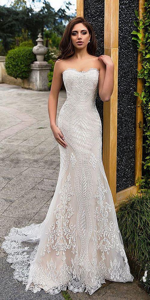 Váy cưới đuôi cá 6 Gợi ý 30 mẫu váy cưới đuôi cá đẹp lộng lẫy sang trọng cho mùa cưới 2020