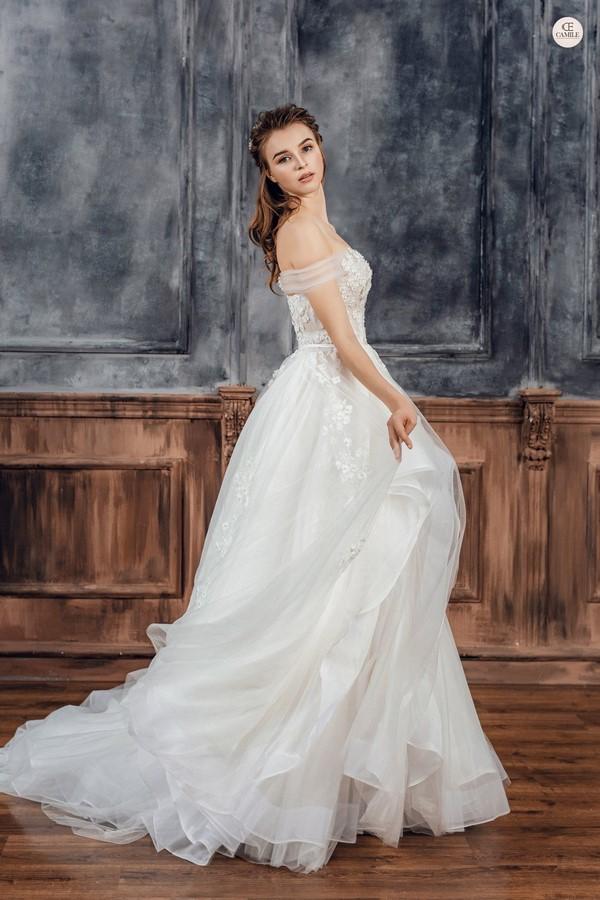 váy cưới dành cho người lùn 1 Địa chỉ cho thuê váy cưới dành cho người lùn đẹp nhất tại Hà Nội
