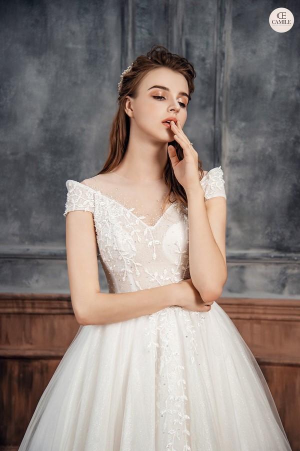 váy cưới dành cho người lùn 2 Địa chỉ cho thuê váy cưới dành cho người lùn đẹp nhất tại Hà Nội