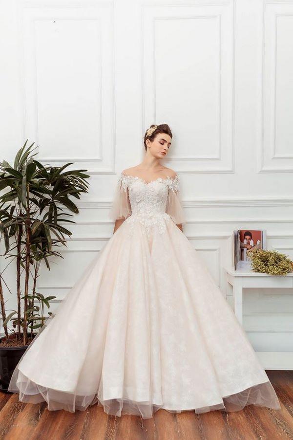 váy cưới màu hồng phấn 5 Chiêm ngưỡng 15 mẫu váy cưới màu hồng phấn pastel ngọt ngào nữ tính đẹp nhất 2021
