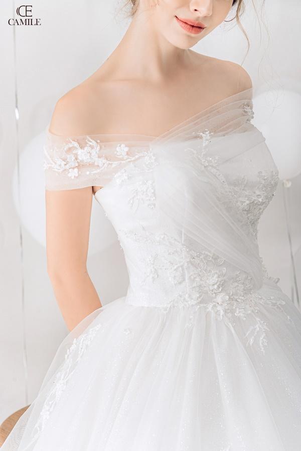 thuê váy cưới Quận Hoàng Mai 2 Kinh nghiệm chọn thuê váy cưới quận Hoàng Mai cho nàng dâu đẹp ấn tượng ngày cưới