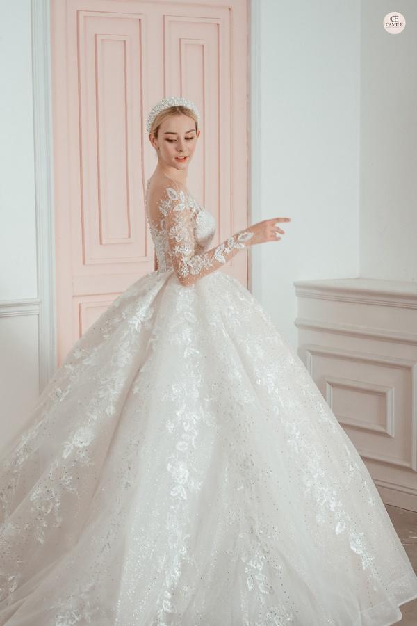 thuê váy cưới Quận Hoàng Mai 3 Kinh nghiệm chọn thuê váy cưới quận Hoàng Mai cho nàng dâu đẹp ấn tượng ngày cưới