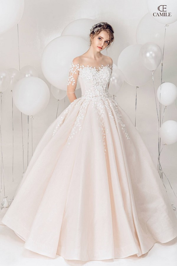 """váy cưới cho cô dâu lép 1 Trọn bộ bí kíp chọn thuê váy cưới cho cô dâu """"lép"""" siêu đơn giản"""