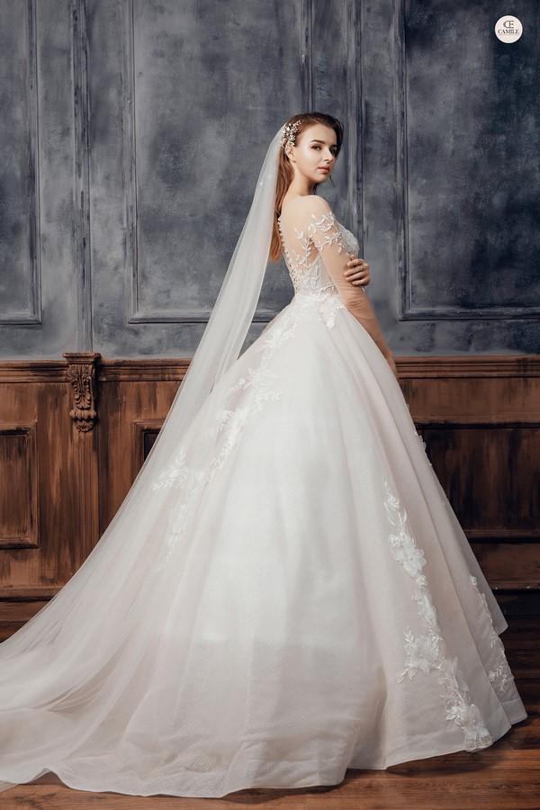 """váy cưới cho cô dâu lép 7 Trọn bộ bí kíp chọn thuê váy cưới cho cô dâu """"lép"""" siêu đơn giản"""