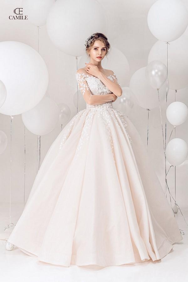 """váy cưới cho cô dâu lép 9 Trọn bộ bí kíp chọn thuê váy cưới cho cô dâu """"lép"""" siêu đơn giản"""