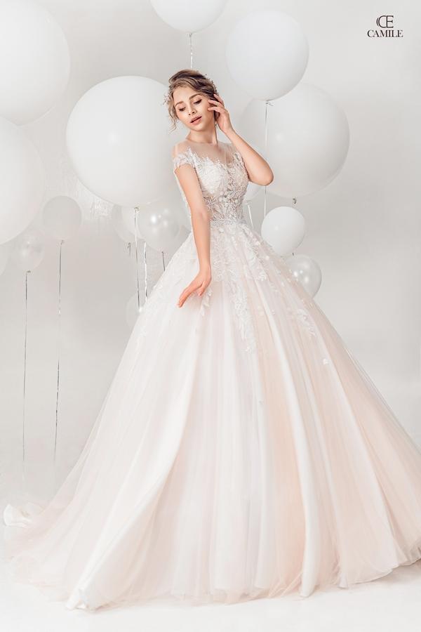 thuê váy cưới Huyện Đông Anh 3 Thuê váy cưới huyện Đông Anh đẹp nhất, giá tốt nhất