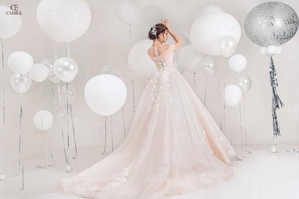 thuê váy cưới Huyện Hoài Đức 2 Cần lưu ý những gì khi thuê váy cưới Huyện Hoài Đức?