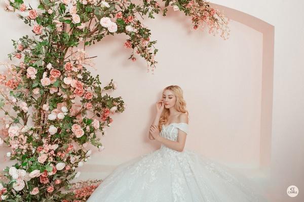 thuê váy cưới Huyện Mê Linh 4 Chia sẻ kinh nghiệm thuê váy cưới Huyện Mê Linh?