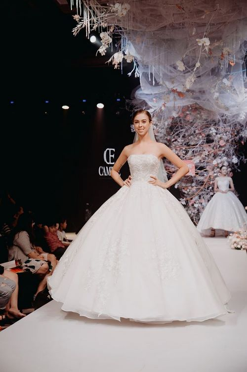 triển lãm cưới 11 Chiêm ngưỡng 20 mẫu váy cưới thiết kế đẹp nhất triển lãm cưới 2020 – 2021 của Camile Bridal