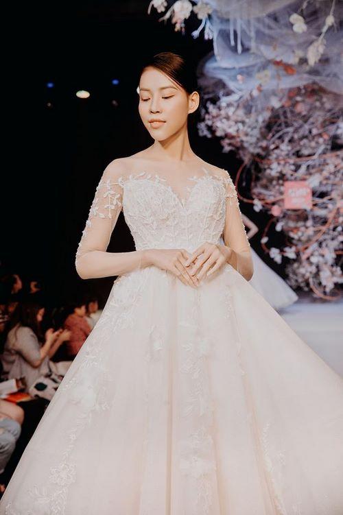 triển lãm cưới 5 Chiêm ngưỡng 20 mẫu váy cưới thiết kế đẹp nhất triển lãm cưới 2020 – 2021 của Camile Bridal
