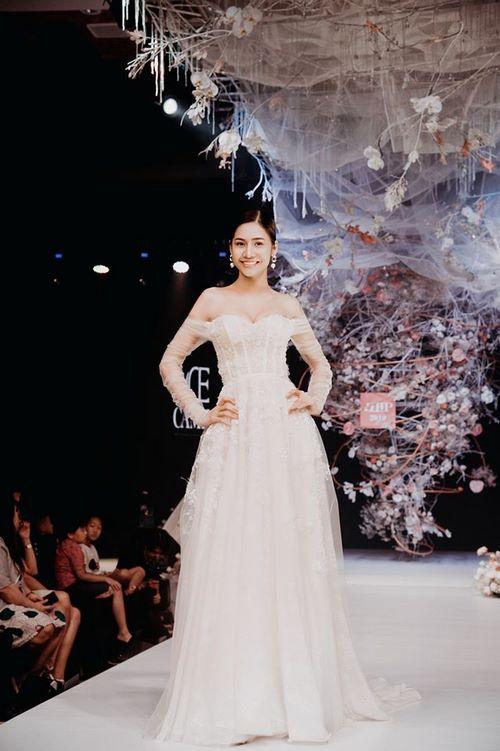 triển lãm cưới 9 Chiêm ngưỡng 20 mẫu váy cưới thiết kế đẹp nhất triển lãm cưới 2020 – 2021 của Camile Bridal