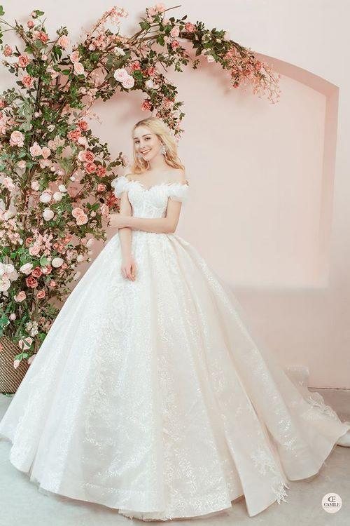 váy cưới cho bà bầu 1 Thuê váy cưới cho bà bầu rẻ đẹp – Chiêm ngưỡng những mẫu thiết kế áo cưới đẹp nhất 2020