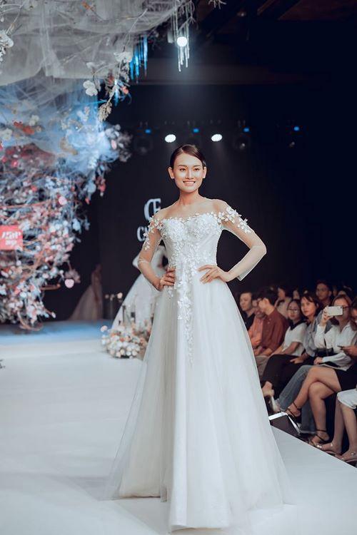 váy cưới cho bà bầu 5 Thuê váy cưới cho bà bầu rẻ đẹp – Chiêm ngưỡng những mẫu thiết kế áo cưới đẹp nhất 2020