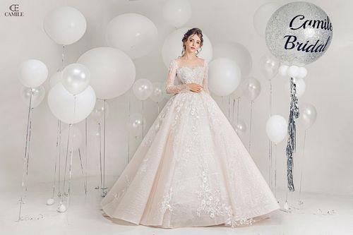váy cưới cho bà bầu 6 Thuê váy cưới cho bà bầu rẻ đẹp – Chiêm ngưỡng những mẫu thiết kế áo cưới đẹp nhất 2020