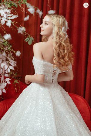 thuê váy cưới Huyện Thanh Oai 4 Bạn cần biết gì khi thuê váy cưới huyện Thanh Oai?