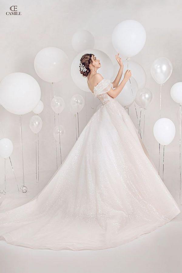 váy cưới cho cô dâu gầy Bí kíp thuê váy cưới cho cô dâu gầy giúp che khuyết điểm nàng cần biết