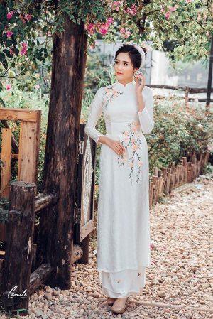 may áo dài cưới đẹp Địa chỉ may áo dài cưới đẹp sang trọng, giá rẻ cho cô dâu tại Hà Nội