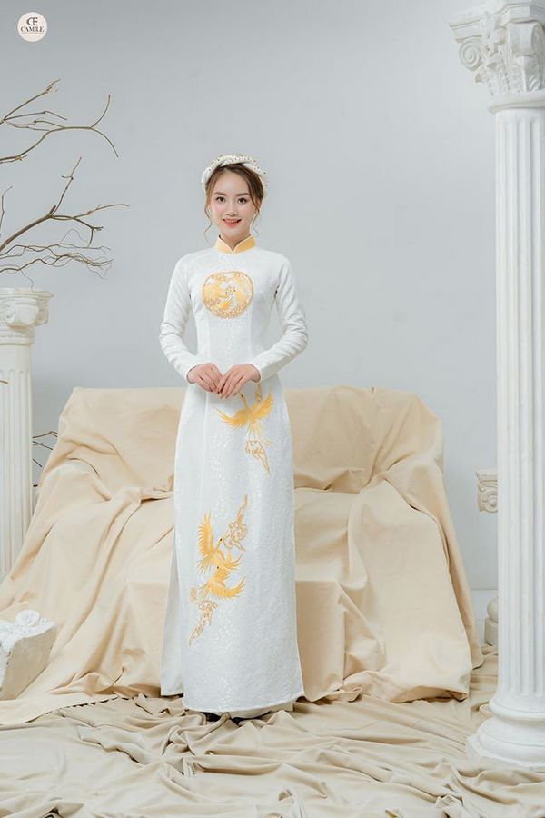 áo dài thêu tay đẹp 7 Gợi ý những mẫu áo dài thêu tay đẹp cho cô dâu trong mùa cưới 2020