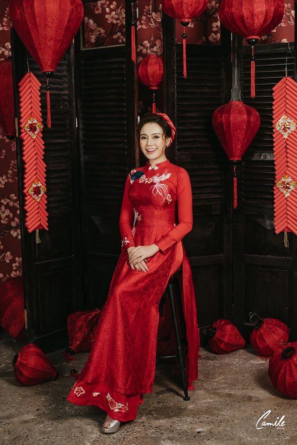 áo dài thêu tay đẹp 8 Gợi ý những mẫu áo dài thêu tay đẹp cho cô dâu trong mùa cưới 2020